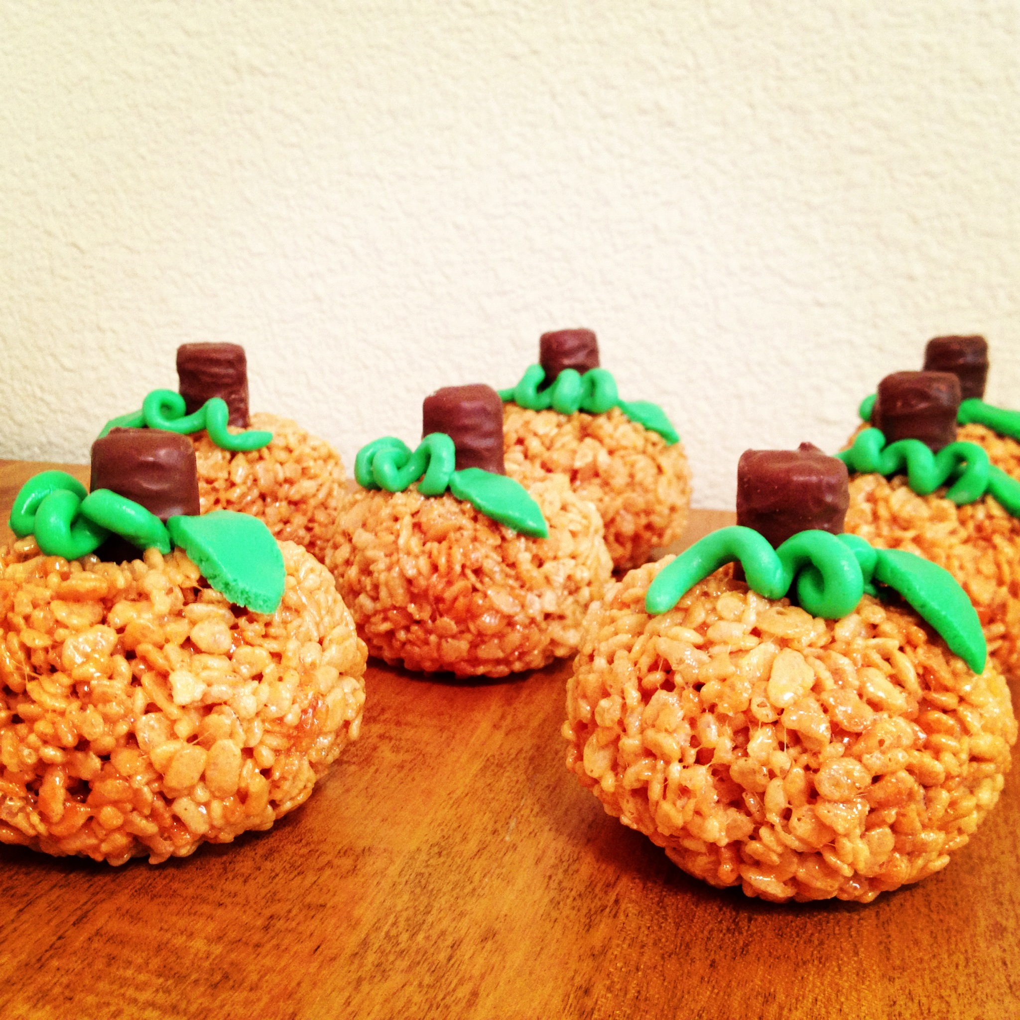 crispy-rice-halloween-inspired-homemade-treats